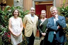 Caroline Montocchio, Jean Pierre Montocchio, Chantal Espitalier-Noël et Philippe Espitalier-Noël, directeur du board de Rogers & Co. Ltd.