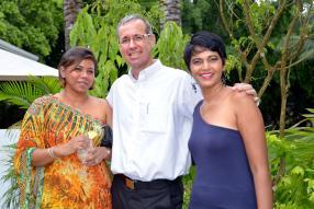 Rebecca Malié, Spa Manager de Zilwa Attitude, Jean Michel Rouillard, General Manager de BrandActiv, et Sachitah Magisson, Sales Manager de BrandActiv.