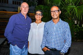 Edgar Koenig, directeur de K-Wood Co. Ltd, Vanessa Lefebure, designer, et Stephane Fabre, directeur de  G+F Architects.