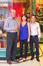 Alain Vallet, Managing Director de Grays, en compagnie de Pascale Lam et son époux Alain Lam, directeur d'Intermart.