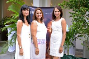 Caroline Vanzini, formatrice de Decléor, Pascaline Ohis, invitée, et Bina Daby, Spa Manager de Sugar Beach.