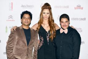 Le photographe Sachin Sagar, Anne-Sophie Lalanne, Miss Earth Mauritius 2014, et le Make-Up Artist Cedric Lanappe.