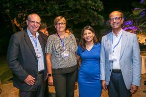 Nicolas Maigrot, CEO de Terra, Jacqueline Sauzier, General Secretary de la Mauritius Chamber of Agriculture, et le Dr Cassam Hingun et son épouse Christina.