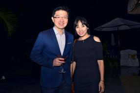 Jean Li Wan Po, directeur de RT Knits, et son épouse Claudia.