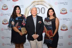 Moonisha Lallah, Manager à la Mauritius Commercial Bank (MCB), Henry Li Wan Po, et Sapna Shah, Manager à la MCB.