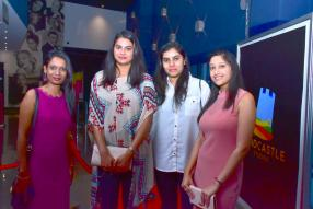 Manisha Napaun, Associate Director, Bhoumika Aumeerun, Accounts Officer, Reena Ramchurn, Senior Cooperate Admin, et Yashna Beeharry, Team Leader Accounting, toutes de Sandcastle Studios.