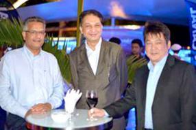 Tanvir Adamjee, Karan Ramdaursingh et Jimmy Lam, tous de Currimjee Jeewanjee Company Limited.