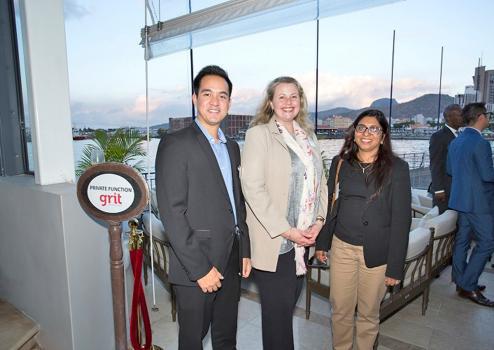 Luc Tseung-Sum-Foi, Junior Investment Manager, Heidi Rix, COO, tous deux de Grit, et Rookaya Ghanty, partenaire de BDO.