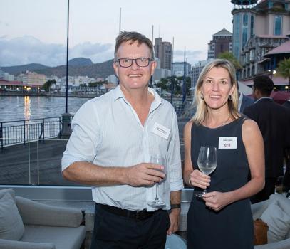 Rudolf Pretorius, directeur d'Adansonia Holdings, et Debby Kipper, Senior Asset Manager de Grit.