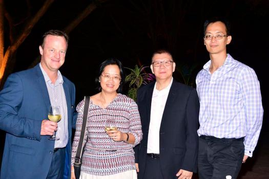 Craig Schweitzer, Christine Nguyen Thac Lam, Chief Operating Officer du département Equipment and Systems Divisions du groupe Harel Mallac, Alain Ah-Sue, Managing Director de EO, et Christian Yong Kiang Young, Group Financial Controller du groupe Harel Mallac.