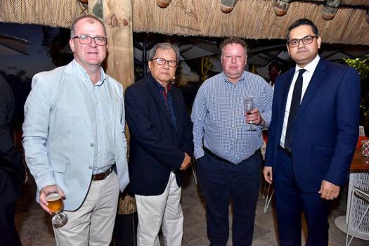 Keith Allan, High Commissioner of Britain, Andre Lam King Teng, propriétaire du Bookcourt, Chris Murray, CEO de la HSBC, et Harvesh Seegoolam, gouverneur de la banque de Maurice.