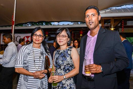 Shameema Moobeebux, Vice-President Business Development, Monique Li Wan Po et Dinesh Seeboruth, Head of  Sales Cash Management, tous de la HSBC.