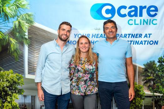 Alban Lecocq, ostéopathe à la Clinique Darné, Tania Dewulf, et Philippe Journade, consultant en management à la C-Care Clinic Cap Tamarin.