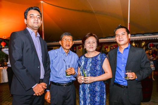 Rajiv Bali, Head of Securities à la HSBC, le Dr Philip Ving, son épouse Dominique, et Yann So Wan Yuen, Relationship Manager à la HSBC.